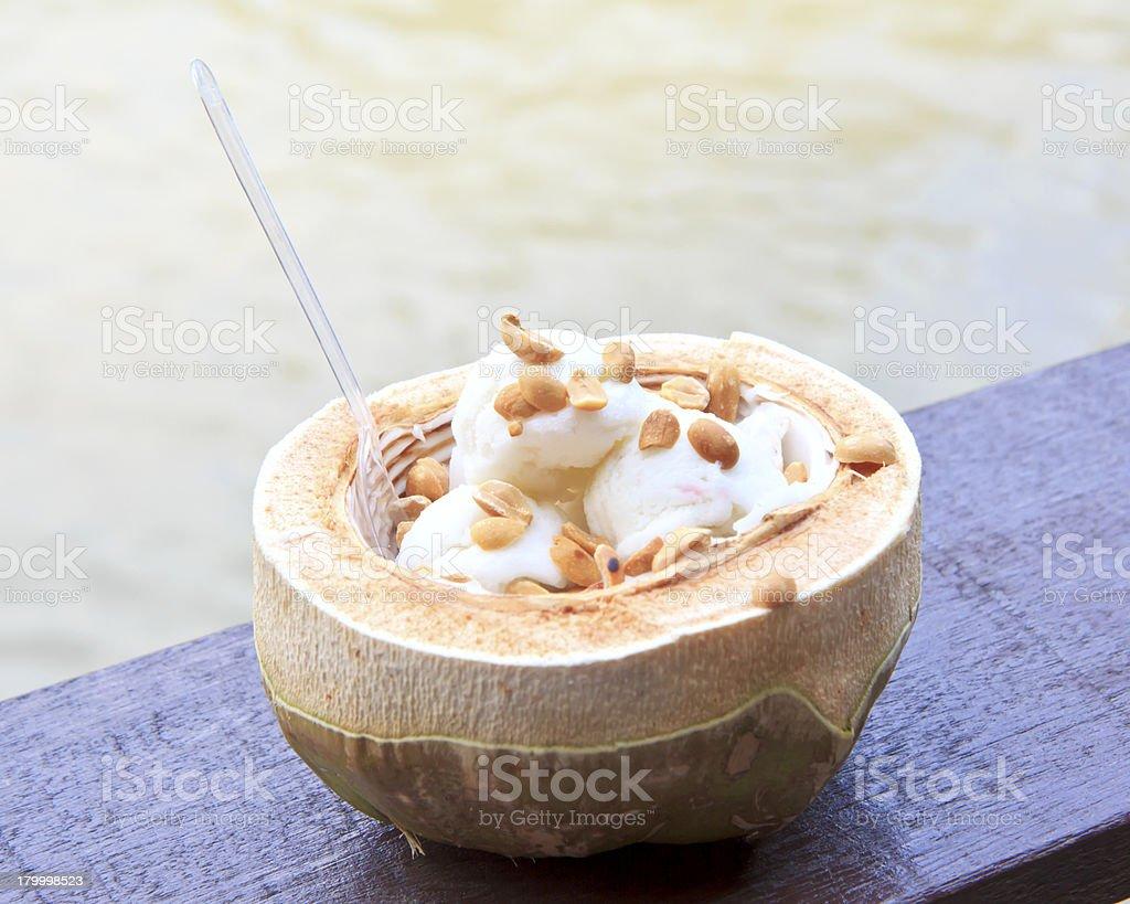 코코넛 아이스크림, 너트 royalty-free 스톡 사진