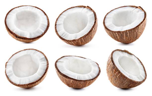 fatia de coco. ciep do coco isolado no fundo branco - meio cheio - fotografias e filmes do acervo