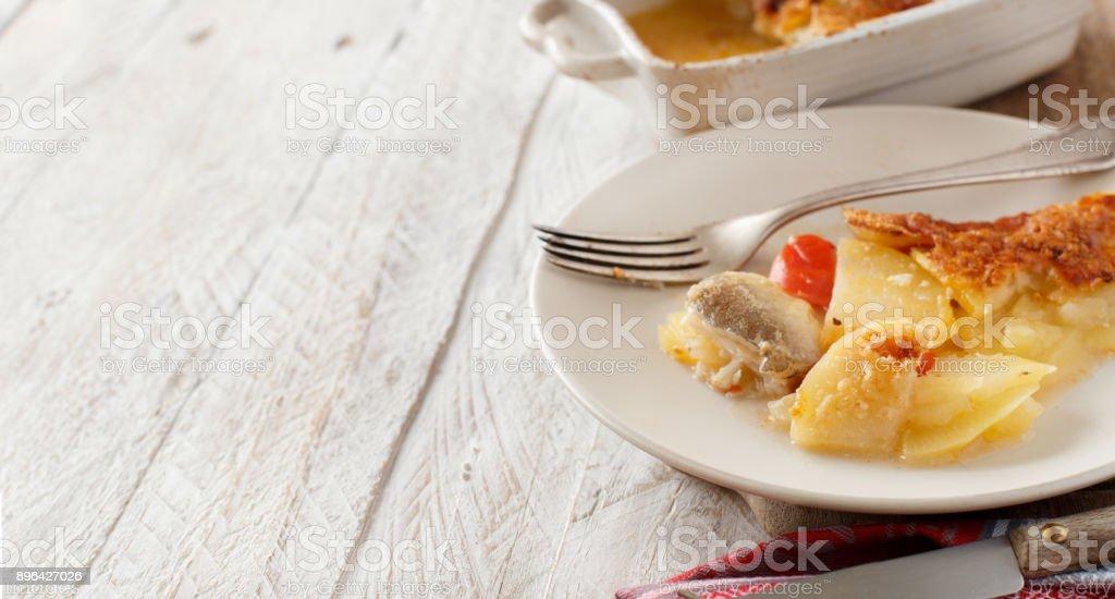 Cabillaud avec des pommes de terre - Photo