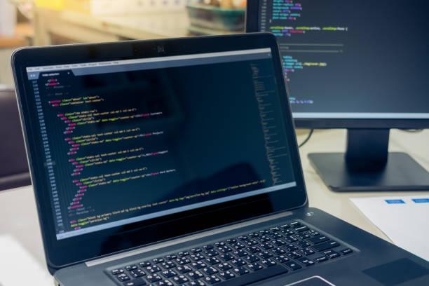 コーディングと web 開発と web デザイン コンセプト、開発ソフトウェアのコンセプトは、プログラミングのコピー スペース ストックフォト