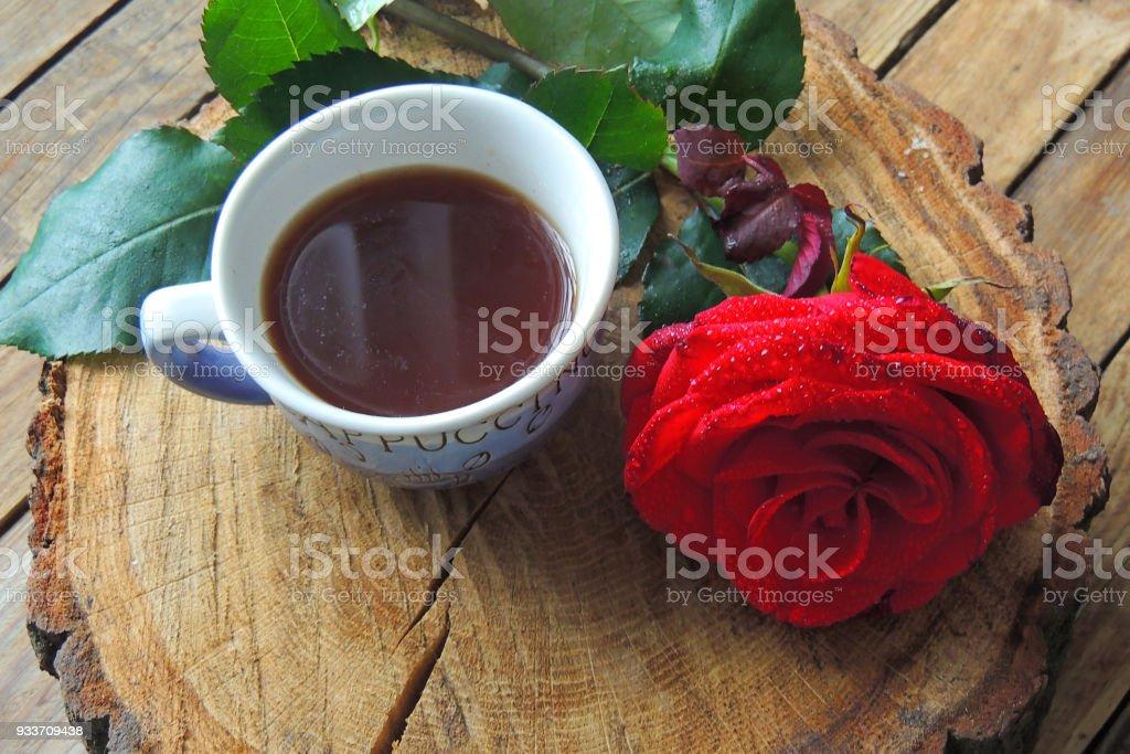 Fotografía De Café Y Rosa Para Ti Y Más Banco De Imágenes De