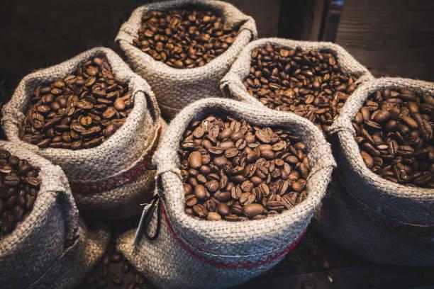 Coffee beans in bags picture id1055390644?b=1&k=6&m=1055390644&s=612x612&w=0&h=vrcgld4984ktvqq43my2hlv85sw fenj8yolrvefggm=