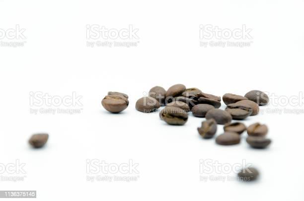 Coffee beans picture id1136375145?b=1&k=6&m=1136375145&s=612x612&h=ywt ur3x5lxofbhkdv1ekzvs1oomtfbiagxz byfj28=