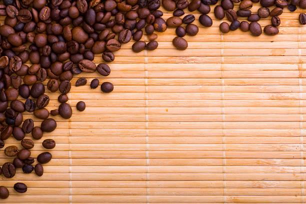 kaffee kaffeebohnen - scyther5 stock-fotos und bilder