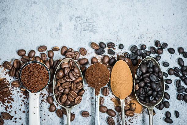 Coffee beans roastedinstant and grinded coffee picture id618972606?b=1&k=6&m=618972606&s=612x612&w=0&h=4ofikec0jdx7es63kayoleadbcrnfh8uikwxrrzojrc=