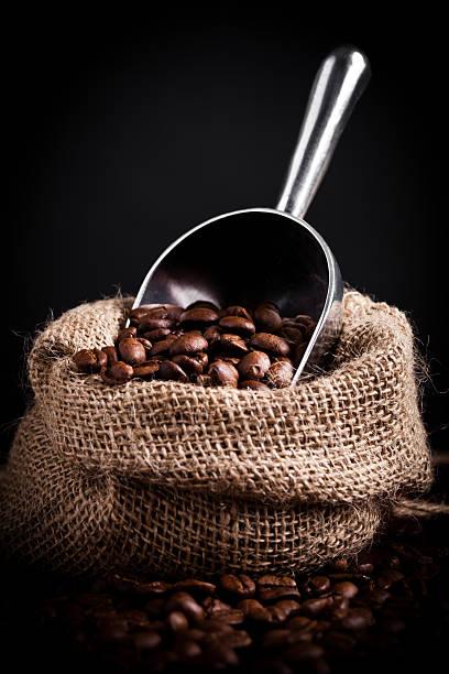 Kaffeebohnen Verschütten – Foto
