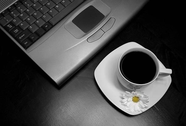 coffee kaffeepause - www kaffee oder tee stock-fotos und bilder