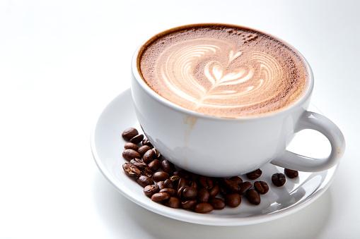 Kaffekopp Över Vit Bakgrund-foton och fler bilder på Brun - Beskrivande färg