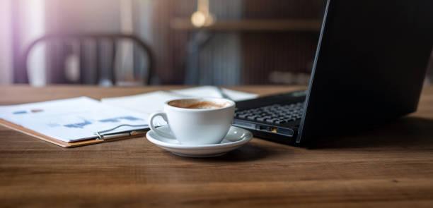 bebida de café y concepto de negocio - website design fotografías e imágenes de stock