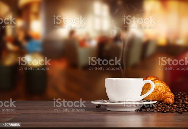 Coffee drink in cafeteria picture id470789556?b=1&k=6&m=470789556&s=612x612&h=ahxpx0in1 voagyk0hryu 3f7urauromcndwilt3zqq=