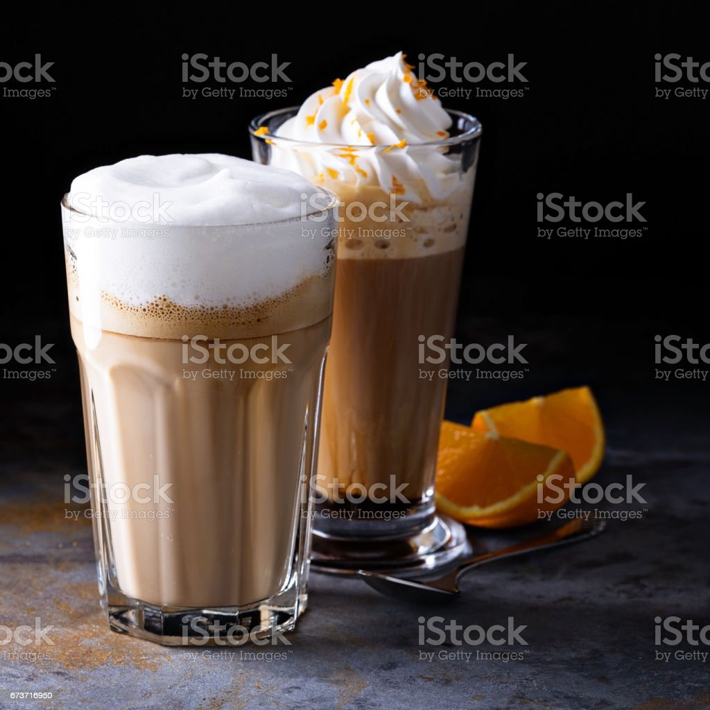 Coffee latte and viennese coffee with whipped cream photo libre de droits