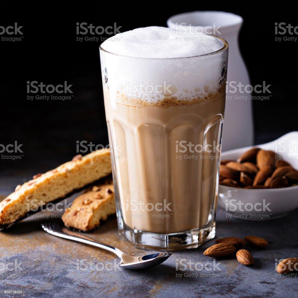 Coffee latte with almond milk photo libre de droits