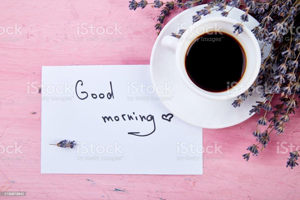 Kaffeetrug Mit Blumenstrauß Lavendel Und Noten Guten Morgen