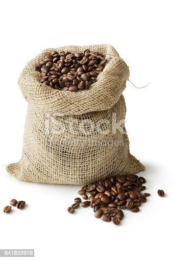 istock Coffee: Roasted Coffee Beans in Sack Isolated on White Background 641833916