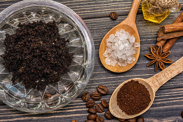 kaffee-peeling kosmetik - kaffeepeeling stock-fotos und bilder