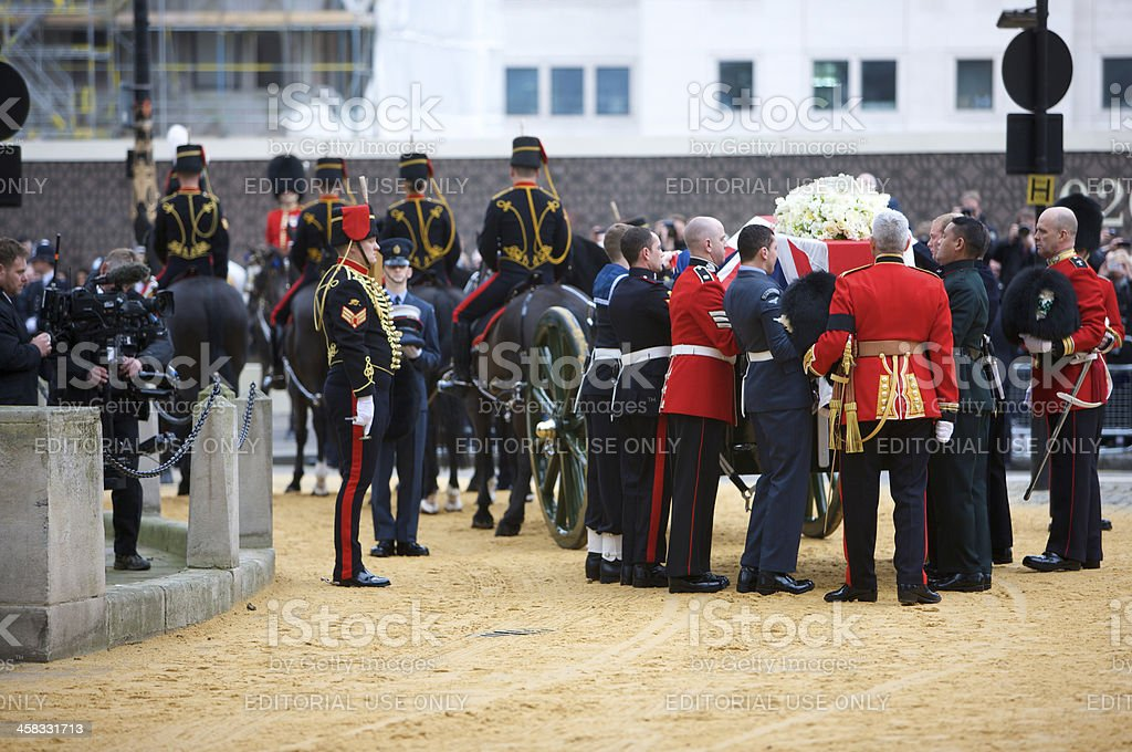 Coffin of Baroness Thatcher being lifted onto a gun carriage stock photo