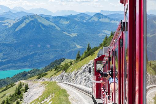 Sankt Wolfgang, Austria - Juli 19, 2017: Cogwheel train to top Schafberg near Austrian Sankt Wolfgang am Wolfgangsee