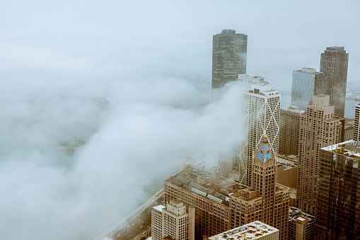 istock Cold and foggy day in Chicago 535597258