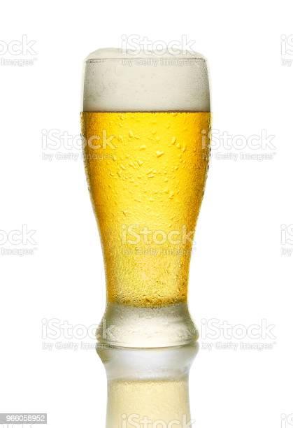 Холодное Пиво — стоковые фотографии и другие картинки Стеклянная посуда