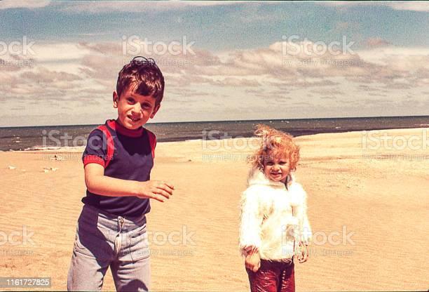 Cold day at the beach picture id1161727825?b=1&k=6&m=1161727825&s=612x612&h=5urnvb3iy9wacb9ftjrkpyqvg086jjiljvpevdtb8 u=