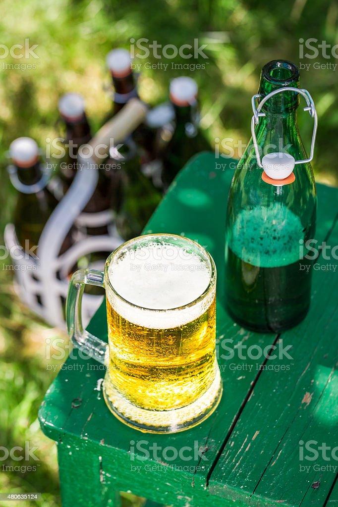 lager-Bier in kalten sonnigen Tag – Foto