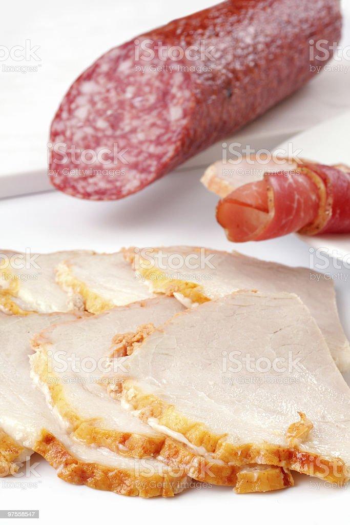 Charcuterie, de roulés de jambon et salami photo libre de droits