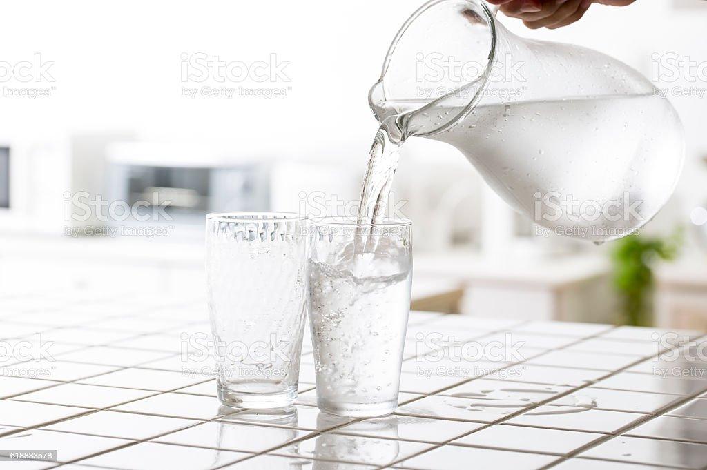 Água gelada  - foto de acervo