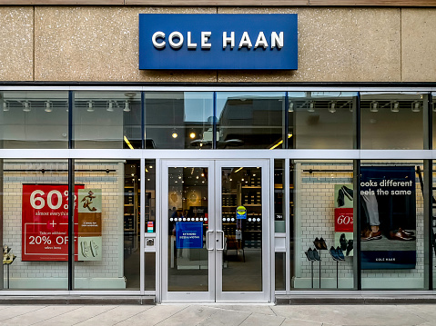 Cole Haan storefront in Outlet Collection at Niagara.