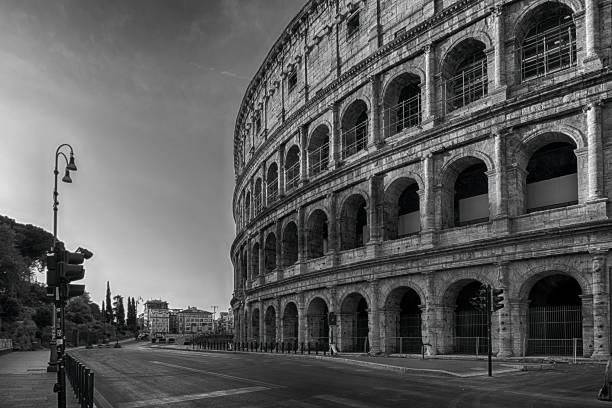 coliseum without people - colosseo 1900 foto e immagini stock