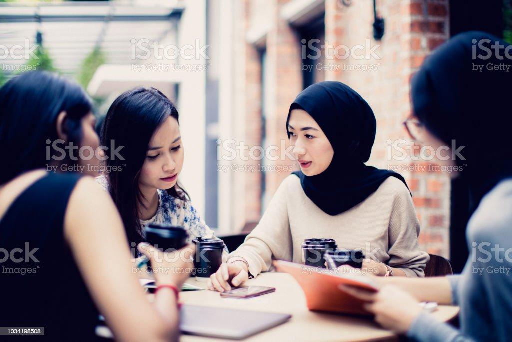 Friends, Togetherness, University Students, Cafe Culture - University...