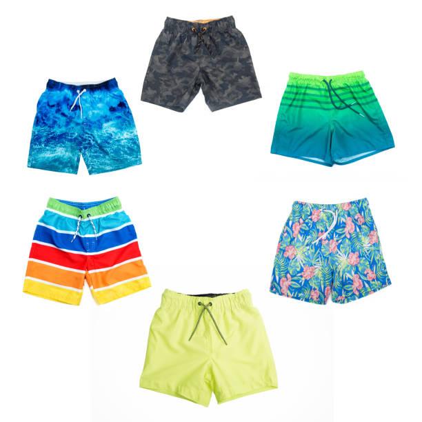 Collage von verschiedenen Shorts für Jungen in verschiedenen Farben. – Foto