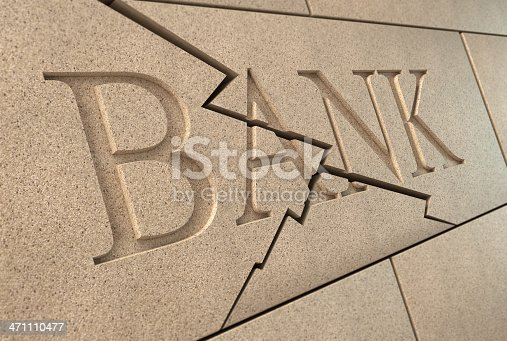 istock Collapsing bank sign 471110477