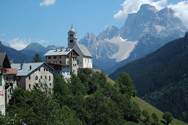Colle Santa Lucia, Dolomiten-Landschaft – Foto