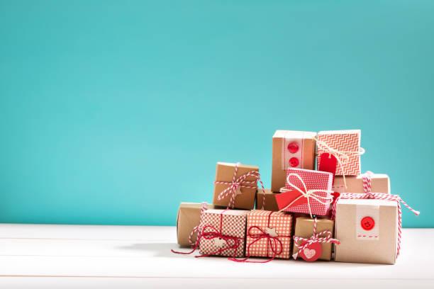 收集的小手工禮品盒 - 情人節 節日 個照片及圖片檔