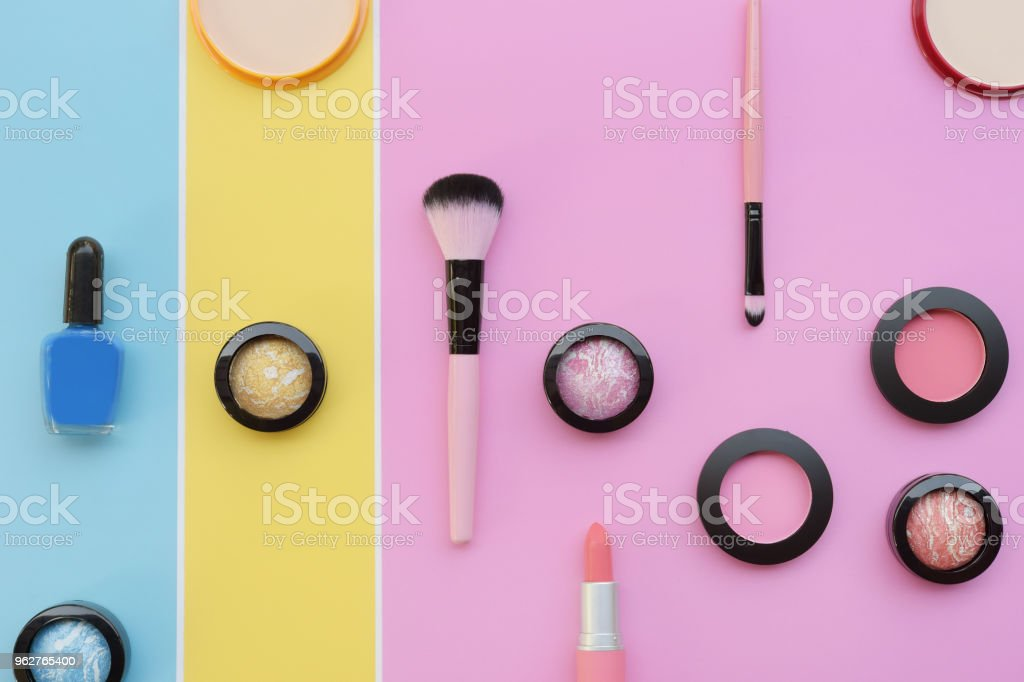 collection of make up and cosmetic beauty - Foto stock royalty-free di Adulto