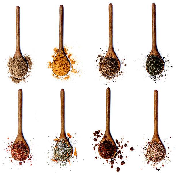 collection of spices in wooden spoons - sól przyprawa zdjęcia i obrazy z banku zdjęć