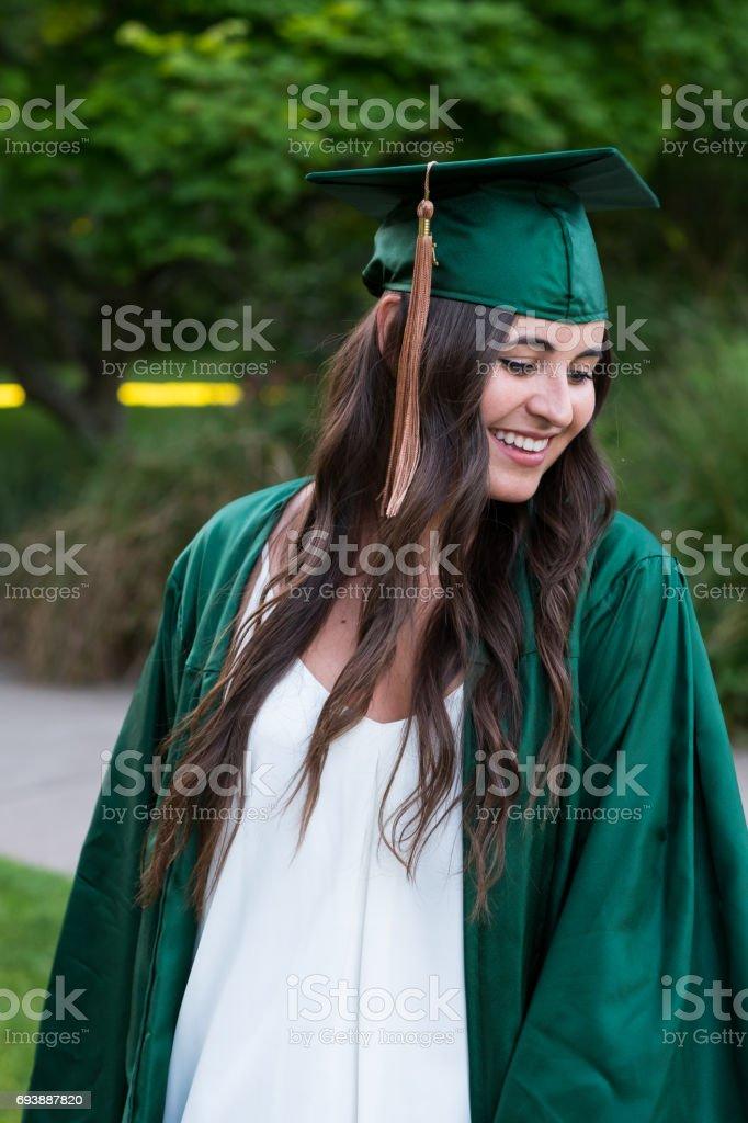 4de76aea4 Graduado de Universidad en el Campus de Oregon foto de stock libre de  derechos