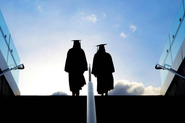 graduação da faculdade - pisando no futuro - vida de estudante - fotografias e filmes do acervo