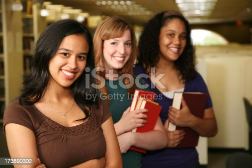 488149772istockphoto College Students Lined Up in the Library 173890302