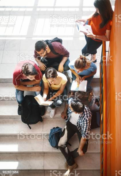 College students picture id932822684?b=1&k=6&m=932822684&s=612x612&h=chu0zoeiogruahjw 922im1jizikj4636dhxosjbzmw=