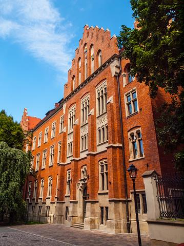 メイズ Witkowskiego ヤギェウォ大学のクラクフ - エンタメ総合のストックフォトや画像を多数ご用意