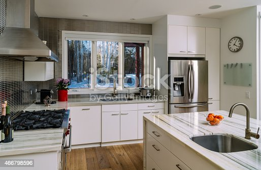 istock Collingwood Cottage Kitchen Interior 466798596