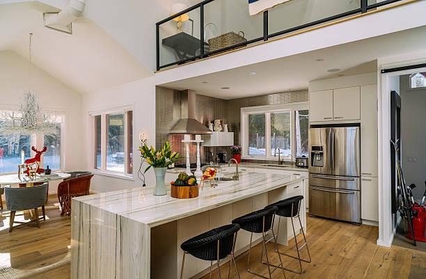 collingwood cottage küche innenansicht - landhausstil küche stock-fotos und bilder