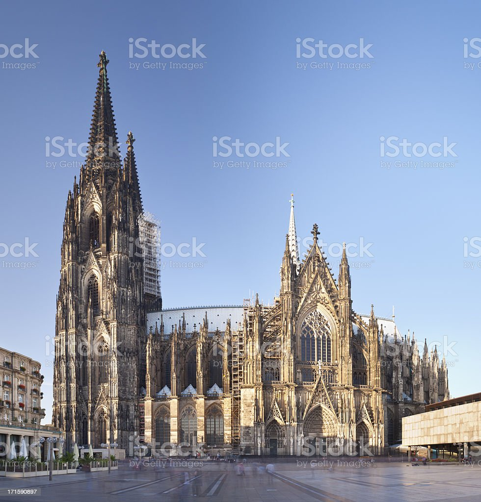Kölner Dom bei Tag – Foto