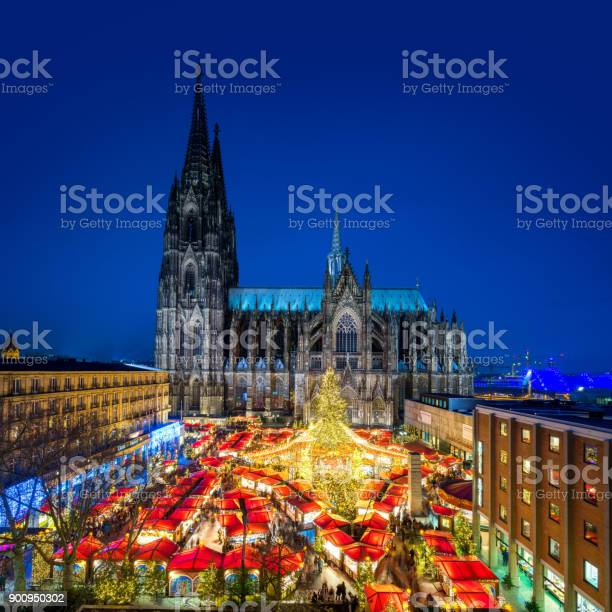 Cologne christmas market with cathedral picture id900950302?b=1&k=6&m=900950302&s=612x612&h=axsgr27 jukck9xq4wbm4zweqqp64pc9icersvde6xw=