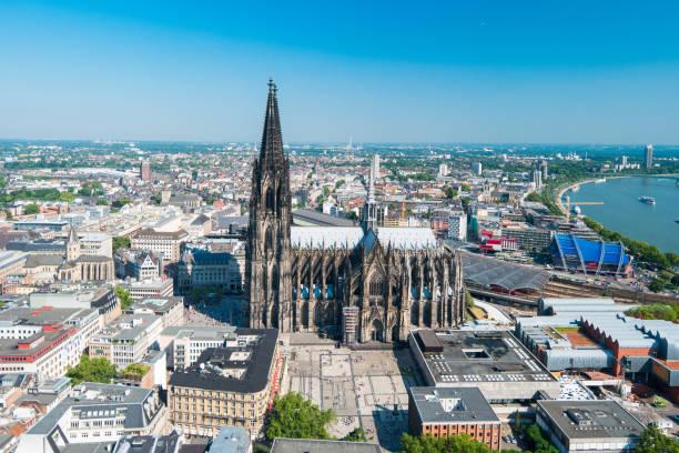 Kölner Skyline mit Kathedrale (Dom) – Foto