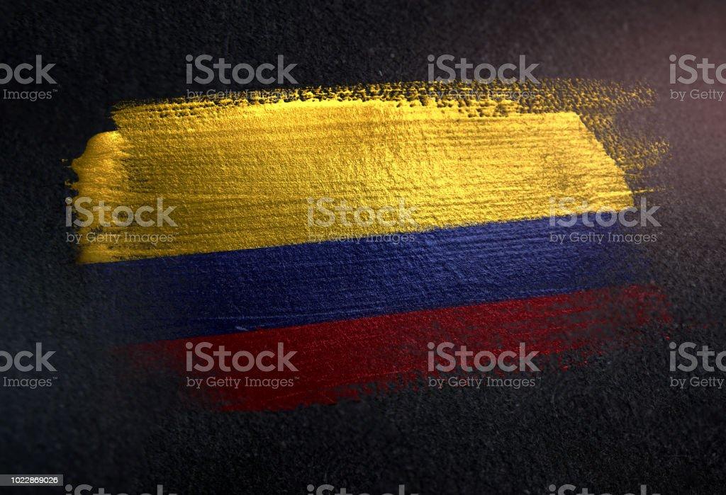 Bandera de Colombia de cepillo metálico pintura en pared Dark Grunge - foto de stock