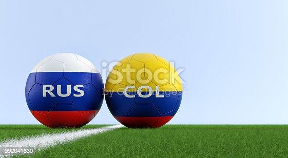 Copia espacio · istock Colombia vs Rusia partido de fútbol - balones de  fútbol en los colores nacionales de b1131db1c4012