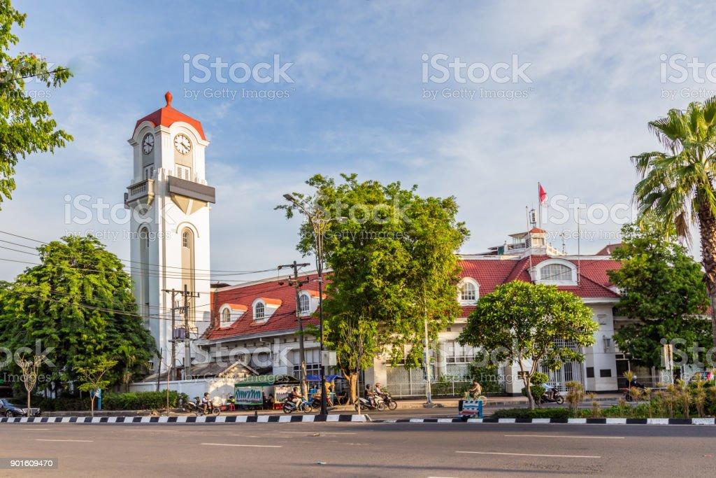 Edificio en Surabya colonial - foto de stock