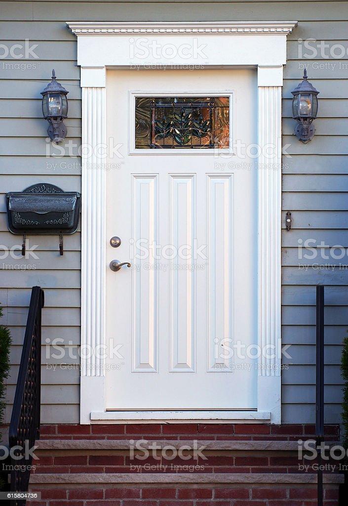 Colonial House Front Door Foto De Stock Y Mas Banco De Imagenes De Arquitectura Istock